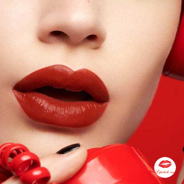 ysl-114-dial-red-lip